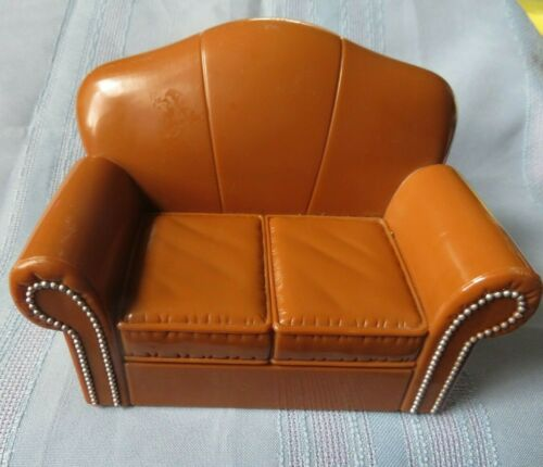 2004 Bratz doll house BROWN COUCH SOFA FASHION FURNITURE MGA ENTERTAINMENT