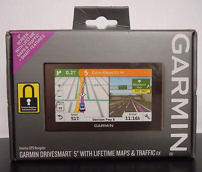 "NEW GARMIN DRIVESMART 5"" LMT (USA/Canada Lifetime Maps/Traffic) Auto GPS BUNDLE"