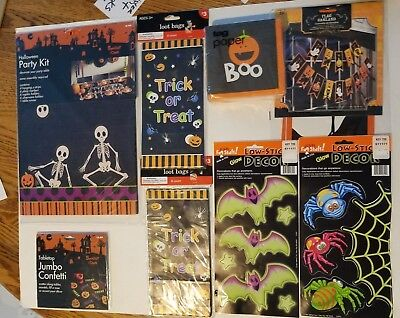Halloween Party Kit Decoration Napkins Confetti Loot Bags Garland Stickers Lot 8