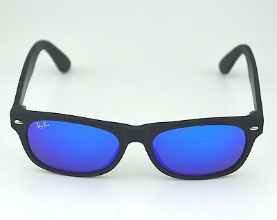 Flashing Sunglasses (Ray Ban RB2132 New Wayfarer Flash 622/17 Black/ Blue Flash Lens Sunglasses)