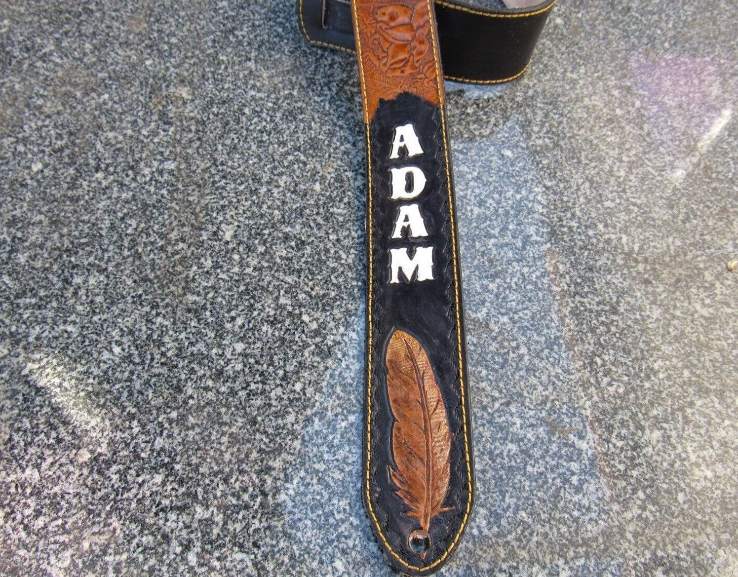 CUSTOM PADDED LEATHER GUITAR STRAP PERSONALIZED WITH YOUR NA