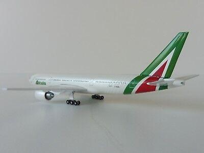 ALITALIA Boeing 777-200 1/500 Herpa 530118 777 NEW COLOURS  I-DISU