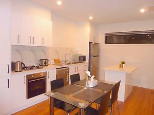 Nice Room WITH ENSUITE in New Townhouse near Pub Trans/Highpoint Maidstone Maribyrnong Area Preview