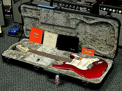 2020 Fender American Professional Stratocaster Electric Guitar! MINT! NO RESERVE