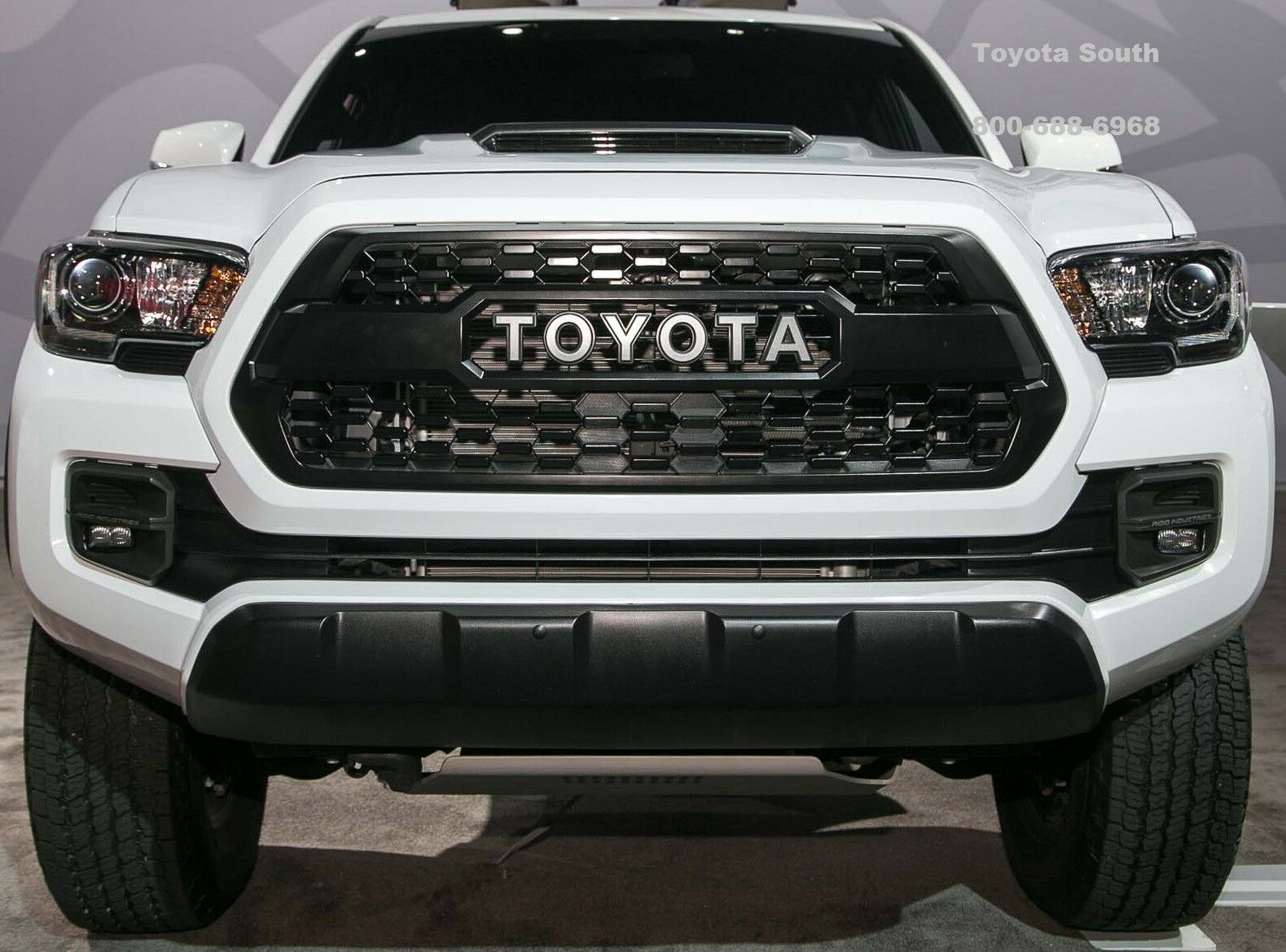 genuine oem new toyota tacoma 2016 2018 trd pro black grille insert pt228 35170 picclick. Black Bedroom Furniture Sets. Home Design Ideas