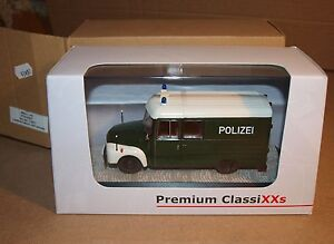 Premium ClassiXXs 11607 Opel Blitz 1,75t Polizei rare 500 exemplaire neuf boîte - Bayet, France métropolitaine - État : Neuf: Objet neuf et intact, n'ayant jamais servi, non ouvert. Consulter l'annonce du vendeur pour avoir plus de détails. ... - Bayet, France métropolitaine