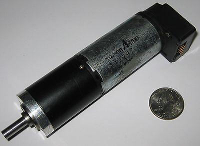 Large Maxon 6 Vdc Motor W Gearhead Heds Encoder - 32 Mm D X 121 Mm L - 30 Rpm