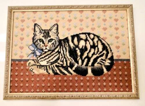 Vintage GRAY TABBY CAT Needlepoint Framed PICTURE 15x11