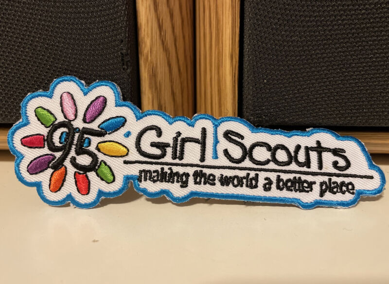 Girl Scouts Making The World A Better Place 95 Patches Crests Badge New Unused