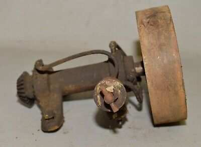 Hit Miss Engine Pulley Shaft Oiler Lubricator Gear Collectible Antique Tool