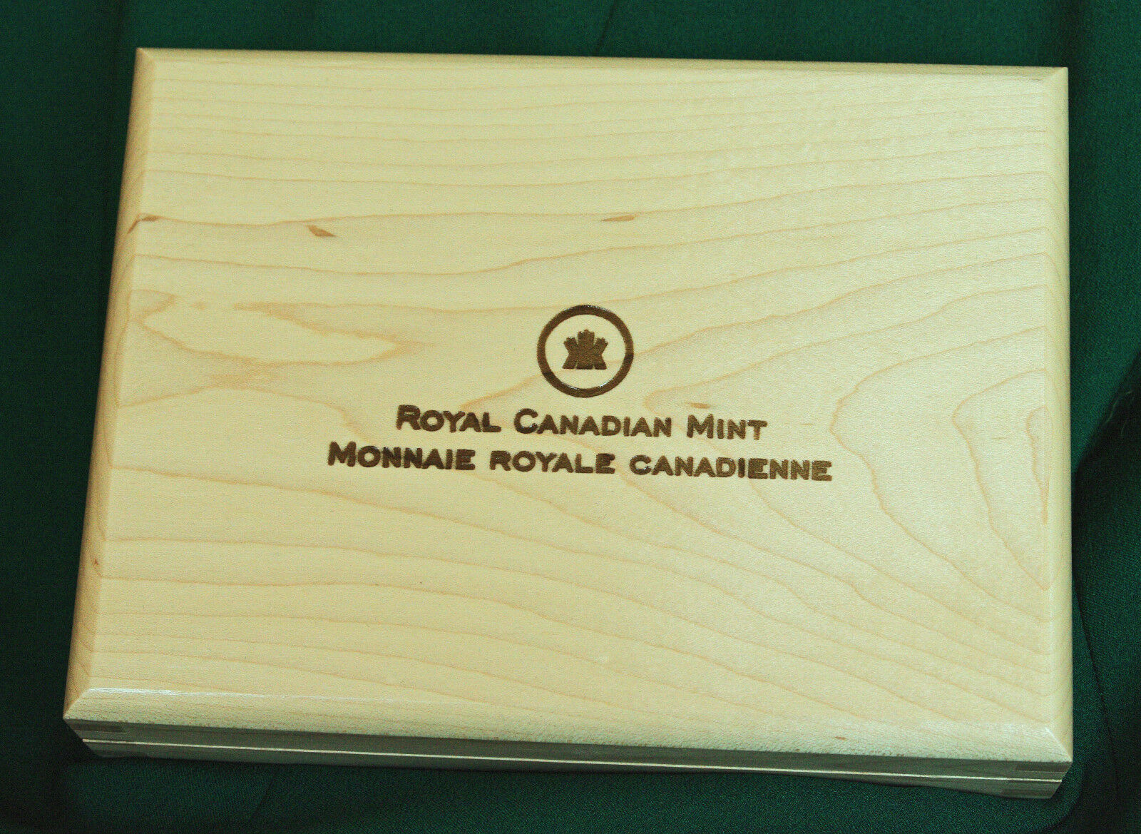2010 canada empty case (no coins) for silver dollar 75th anniversary set
