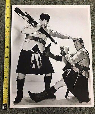 "1940S/50S UNIDENTIFIED MOVIE STILL 8X10"" PHOTO LAUREL & HARDY W/KILTS & RIFLES"