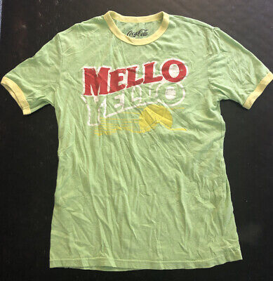 Coca-Cola Mello Yello green t-shirt size Small 34/36