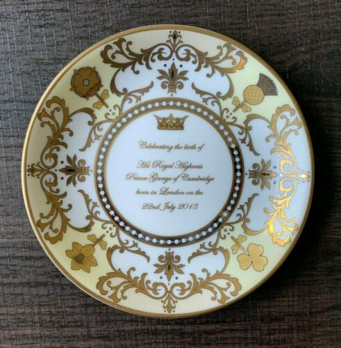 Royal Worcester PRINCE GEORGE OF CAMBRIDGE Birth Memento Plate - With Tag