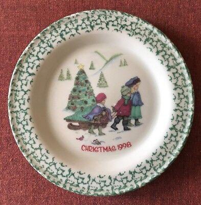 """Workshops of Gerald Henn ~ 10"""" Christmas 1998 Plate Roseville Spongeware ~ Mint"""