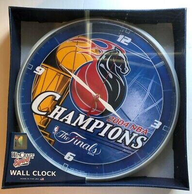DETROIT PISTONS 2004 NBA BASKETBALL CHAMPIONS WALL CLOCK