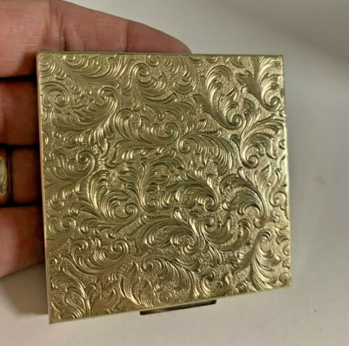 Beautiful Vintage Elgin American Compact Silver Engraved Floral  New Never Used