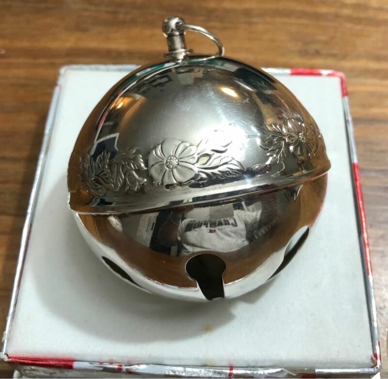 1972 Wallace Christmas Sleigh bell in BOX Ball