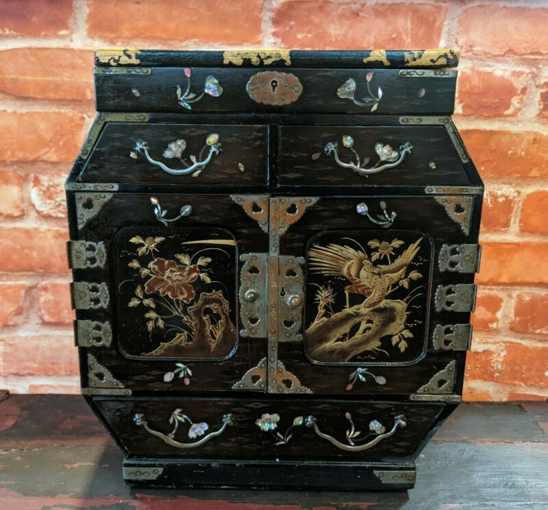 Antique / Vintage Japanese Inlaid Tansu Jewellery box chest Drawers - Oriental