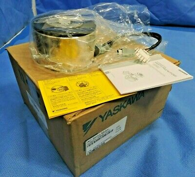 New Yaskawa Sgmcv-10bim-ya42 Direct Drive Ac Servo Motor 200v 3ph 10nm 300rpm