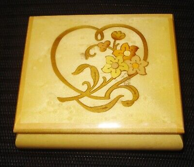 VINTAGE ITALIAN INLAY WOODEN MUSIC BOX JEWELRY BOX FLOWERY DESIGN (Musical Inlay Jewelry)