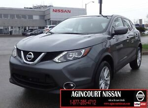 2017 Nissan Qashqai SV |FWD|BACKUP CAMERA|SUNROOF|BLUETOOTH|