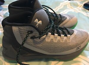 Steps Currie Under Armour