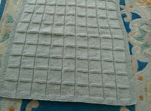 BX NEW DOVE GREY PRAM BLANKET HAND KNITTED - Ripley, United Kingdom - BX NEW DOVE GREY PRAM BLANKET HAND KNITTED - Ripley, United Kingdom