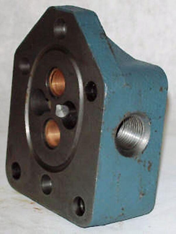 Delta Hydraulic Pump End Plate Assy 33300001
