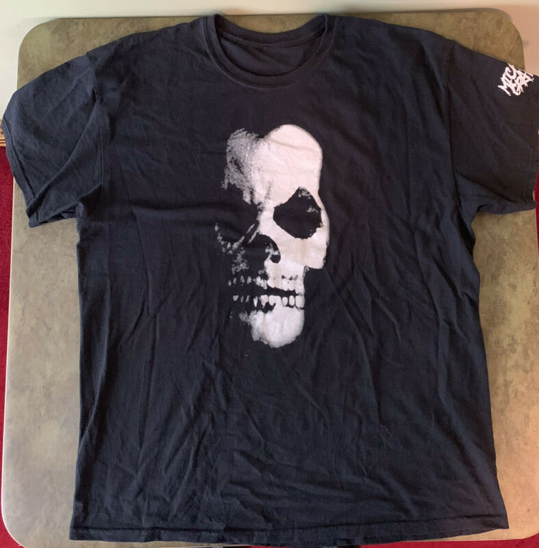 Michale Graves Keep Back Six Feet Black XL T-Shirt Limited Edition Misfits Rare