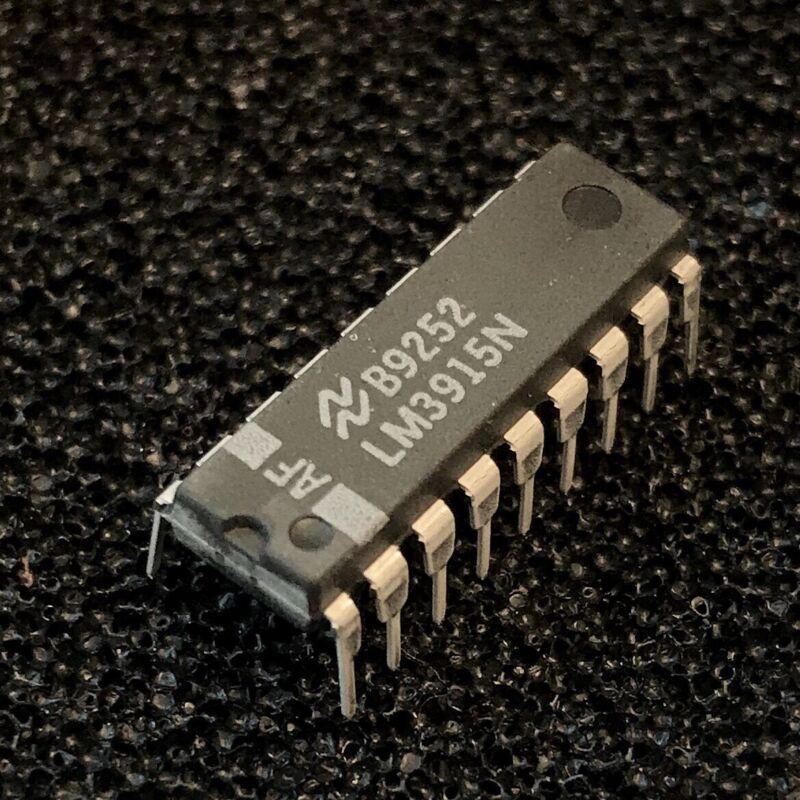 LM3915N LED Dot / Bar Display Driver , PDIP-18, National
