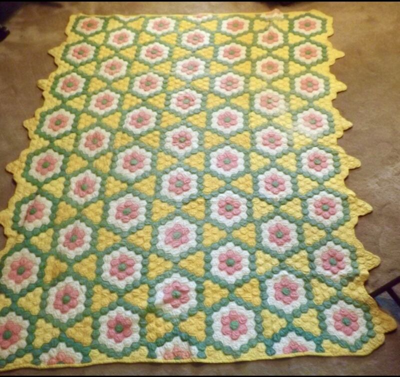 Antique Handmade Grandmother's Flower Garden Patchwork Bedspread 81x67