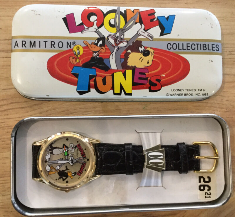 Looney Tunes Wristwatch in Tin Case, Armitron Collectibles 1989, New Old Stock