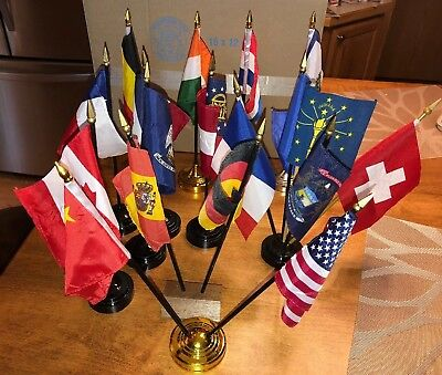 18- State & Country Miniature Flags with 13 Holders Annin