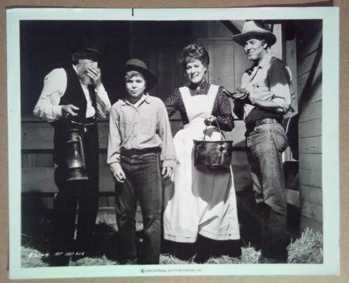 Photo~ THE RED PONY ~1973 ~Henry Fonda ~Maureen O