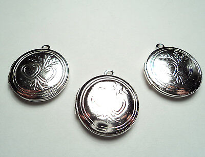 3 PCS -  SILVER PLATED 20mm ROUND  LOCKETS WITH DOUBLE HEART DESIGN -M272s