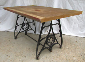 Superbe ANTIQUE STANDARD CAST IRON MACHINE COFFEE TABLE BASE INDUSTRIAL STAND LEGS  OLD