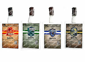 Harry-Potter-House-ID-Cards-Hogwarts-Slytherin-Gryffindor-Ravenclaw-Comic-Con