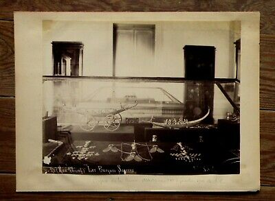 Photo sebah les barques sacrees bijoux collier aux trois mouches reine ahhotep