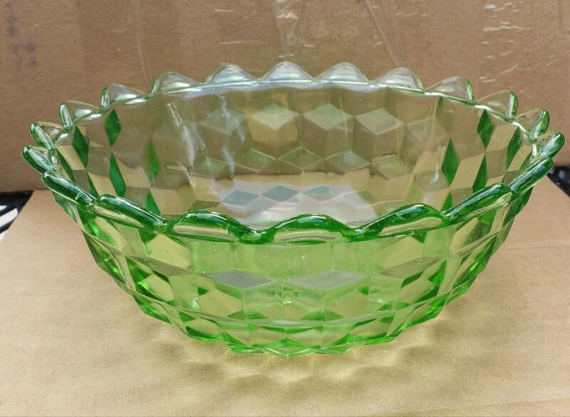 """Vintage Jeannette Glass Company CUBE/CUBIST GREEN 7 1/2"""" POINTED EDGE BOWL"""