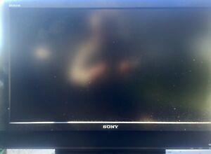 "Sony 32"" lcd tv, dvd player & matching Sony stereo"
