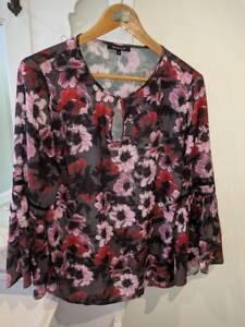 e483af45cc Women  39 s BASQUE Blouse Pink Floral - Size 14