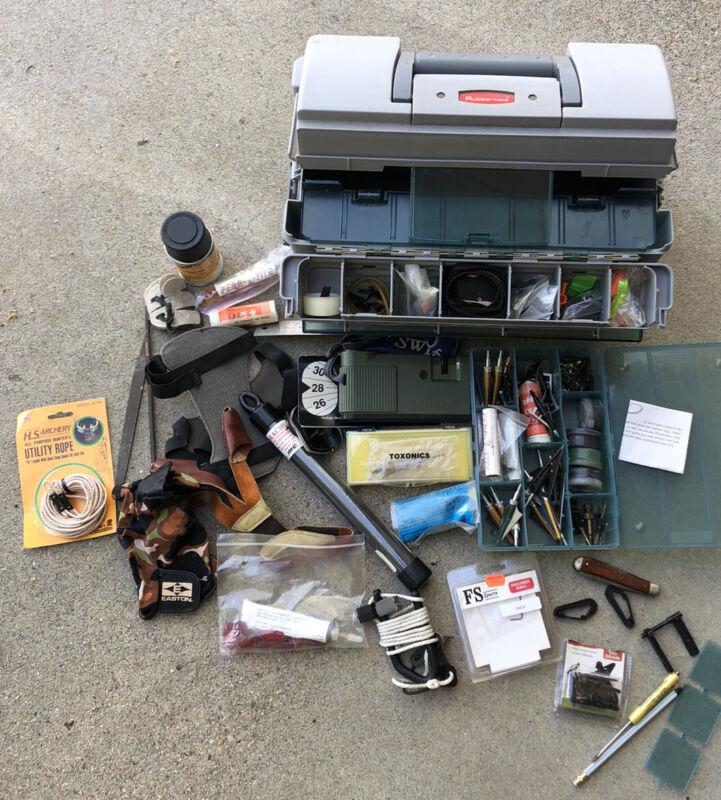 Archery Bowhunting Lot: Arrows, Range finder, Gloves, Hydraulic Stabilizer, Wax