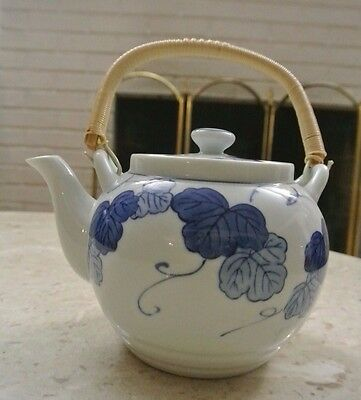 Porcelain White and Blue Tea Pot with Lid and Plastic Handle