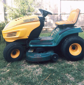 """18hp 42"""" cut lawn tractor MTD YARDMAN ride on mower Thomastown Whittlesea Area Preview"""