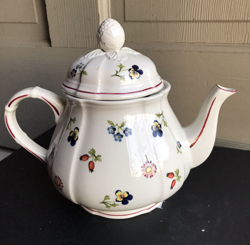 Villeroy & Boch PETITE FLEUR Tea Pot Teapot With Lid Porcelain Luxembourg