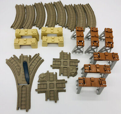THOMAS & FRIENDS TRACKMASTER CROSS, SWITCH & STACK TRACK PACK 33 PIECES Complete