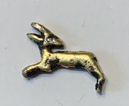 ANCIENT EGYPTIAN GOLD AMULET; A GAZELLE FACING BACK; 18th DYNASTY, NEW KINGDOM!