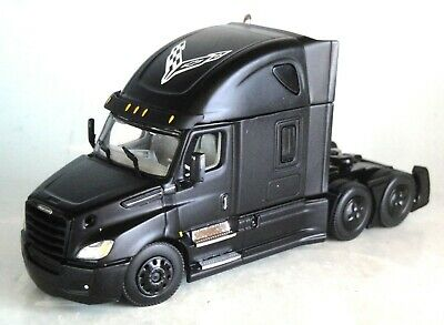 DCP BLACK FREIGHTLINER 2018 CASCADIA HIGH ROOF SLEEPER CAB 1/64 60-0755 C