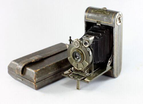 Kodak Gray Vanity Camera, Vest Pocket Series III for 127 Film